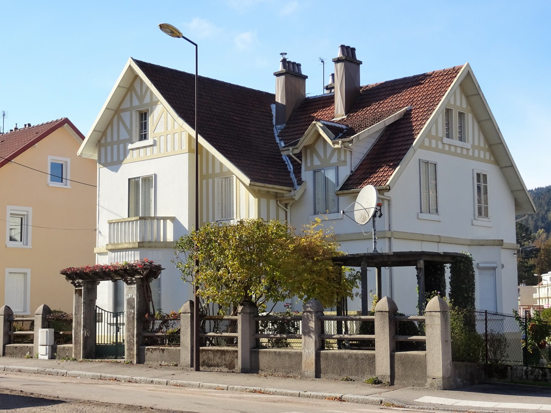 Karakteristieke woning in het centrum van Gérardmer vlakbij het meer